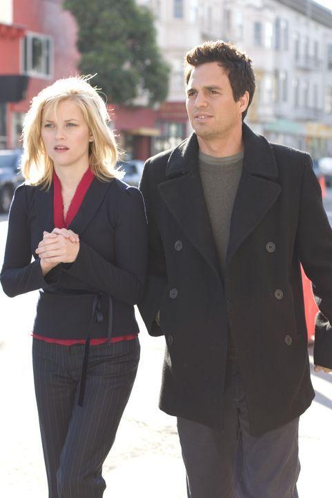 Solange du da bist: Elizabeth Masterson (Reese Witherspoon, l.) und David Abbott (Mark Ruffalo, r.) ... - Bildquelle: Telepool GmbH