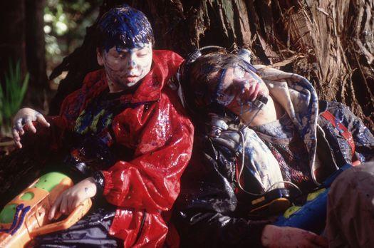 Ver-wünscht - Rache ist süß: Alex (A.J. Trauth, r.) und Stevie (Spencer Bresl...