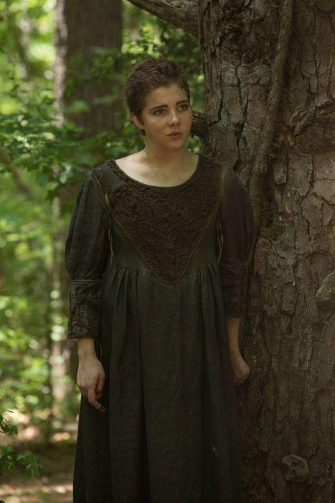 Wie weit würde Mercy (Elise Eberle) gehen, um nicht mehr vor dem Reverend fliehen zu müssen? - Bildquelle: 2013-2014 Fox and its related entities.  All rights reserved.