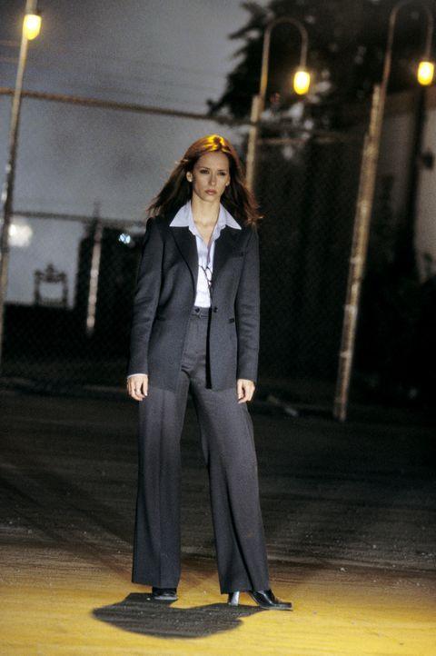 Die einzige Unterstutzung, die Neu-Agent Jimmy hat, findet er in der bezaubernden Agentin Del Blaine (Jennifer Love Hewitt) - nur hat diese bisher n... - Bildquelle: TM &   2002 DreamWorks LLC. All Rights Reserved