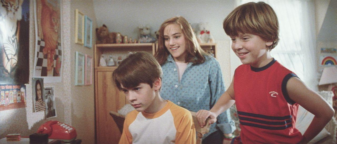 Mit seinen außergewöhnlichen Fähigkeiten verblüfft der 12-jährige Daryl (Barret Oliver, l.) seinen gesamten Freundeskreis ... - Bildquelle: Paramount Pictures