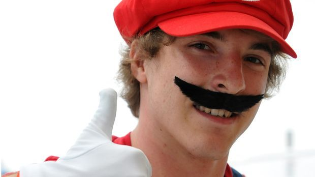 Super-Mario-Kostüm_dpa
