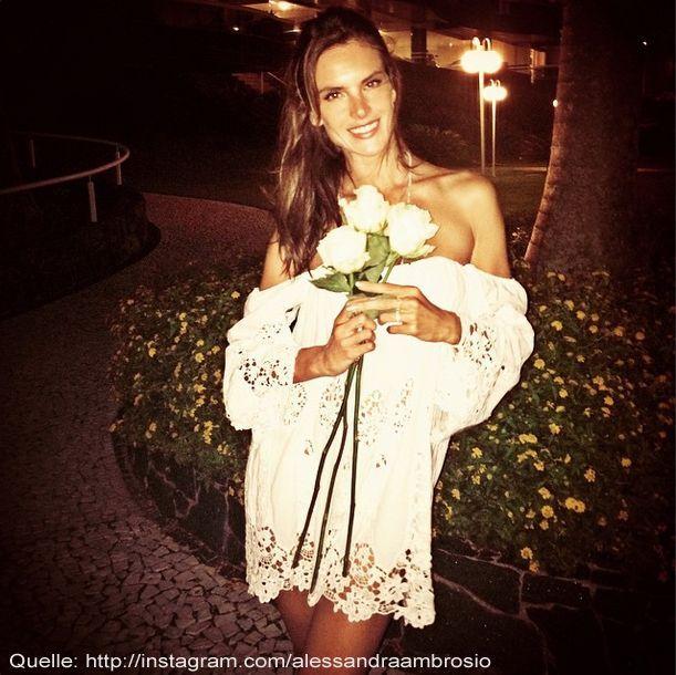 Alessandra-Ambrosio-silvester-02-instagram-com-alessandraambrosio - Bildquelle: instagram.com/alessandraambrosio