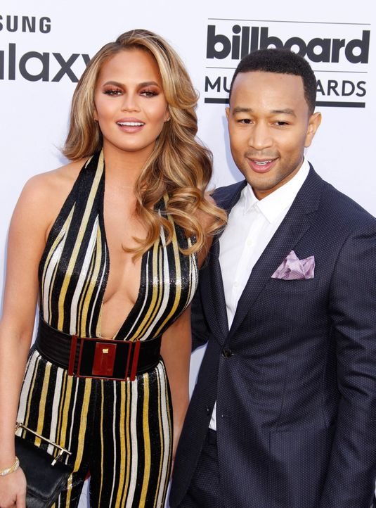 Billboard-Awards-150517-Chrissy-Teigen-John-Legend-10-dpa - Bildquelle: dpa