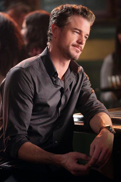 Entdeckt schockiert, dass Cristina in Joe's Bar als Barkeeperin arbeitet: Mark (Eric Dane) ... - Bildquelle: ABC Studios