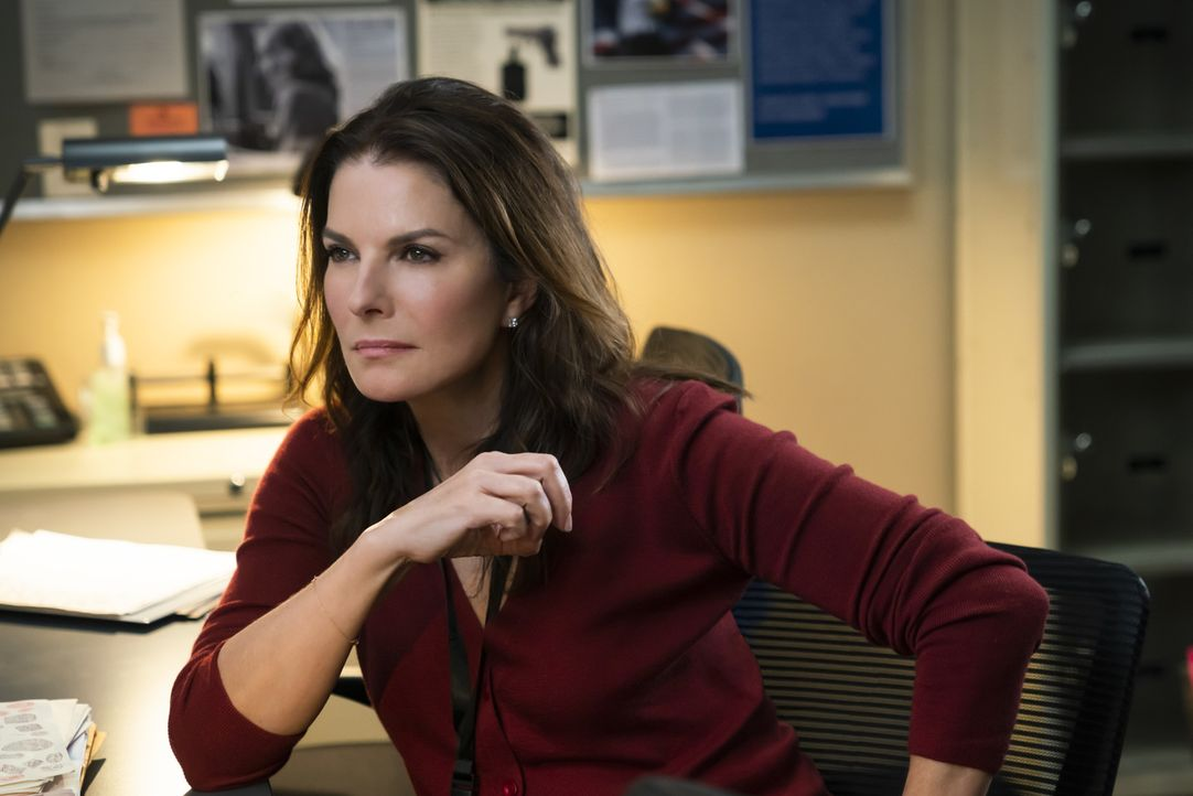 Dana Mosier (Sela Ward) - Bildquelle: Michael Parmelee 2018 CBS Broadcasting, Inc. All Rights Reserved/Michael Parmelee