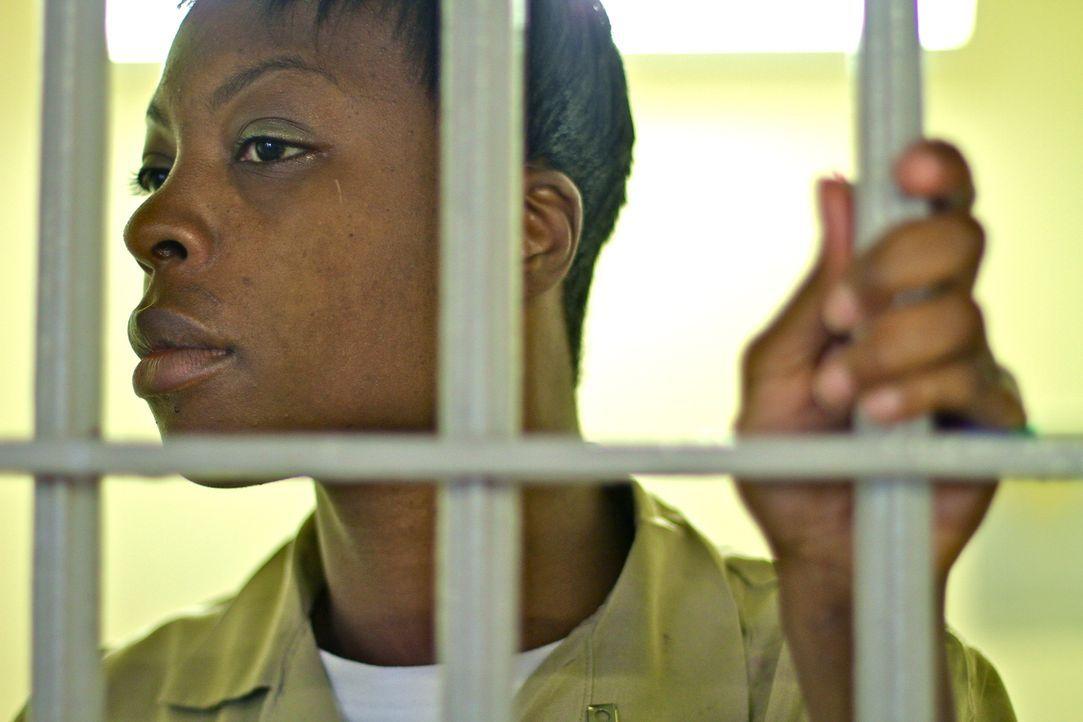 Kimberly Taylor weiß ganz genau, was es heißt auf Privilegien zu verzichten, während man in Isolationshaft festgehalten wird ... - Bildquelle: Nora Ballard part2pictures