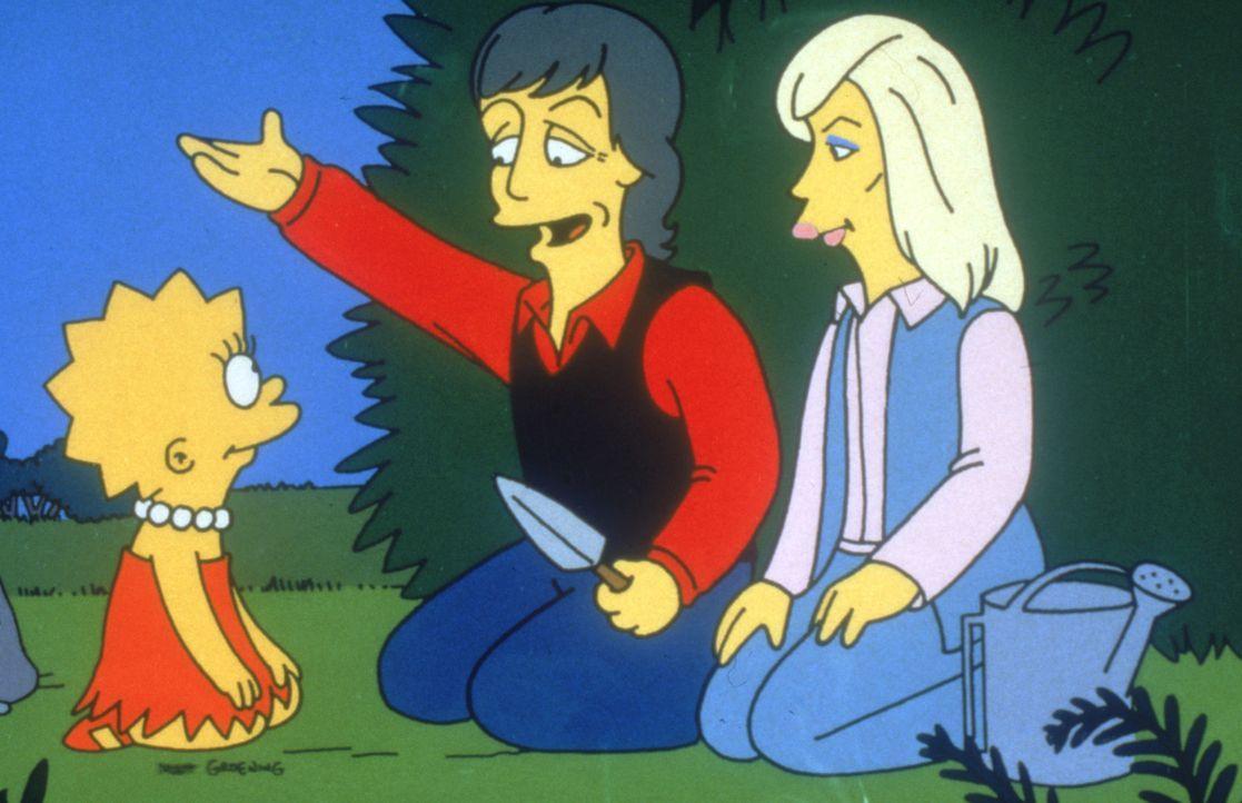 Lisa (l.) verlässt ihre Familie, weil sie überzeugte Vegetarierin ist. Von Paul McCartney (M.) und dessen Frau Linda (r.), wird sie jedoch eines B... - Bildquelle: 1995 Twentieth Century Fox Film Corporation. All rights reserved.