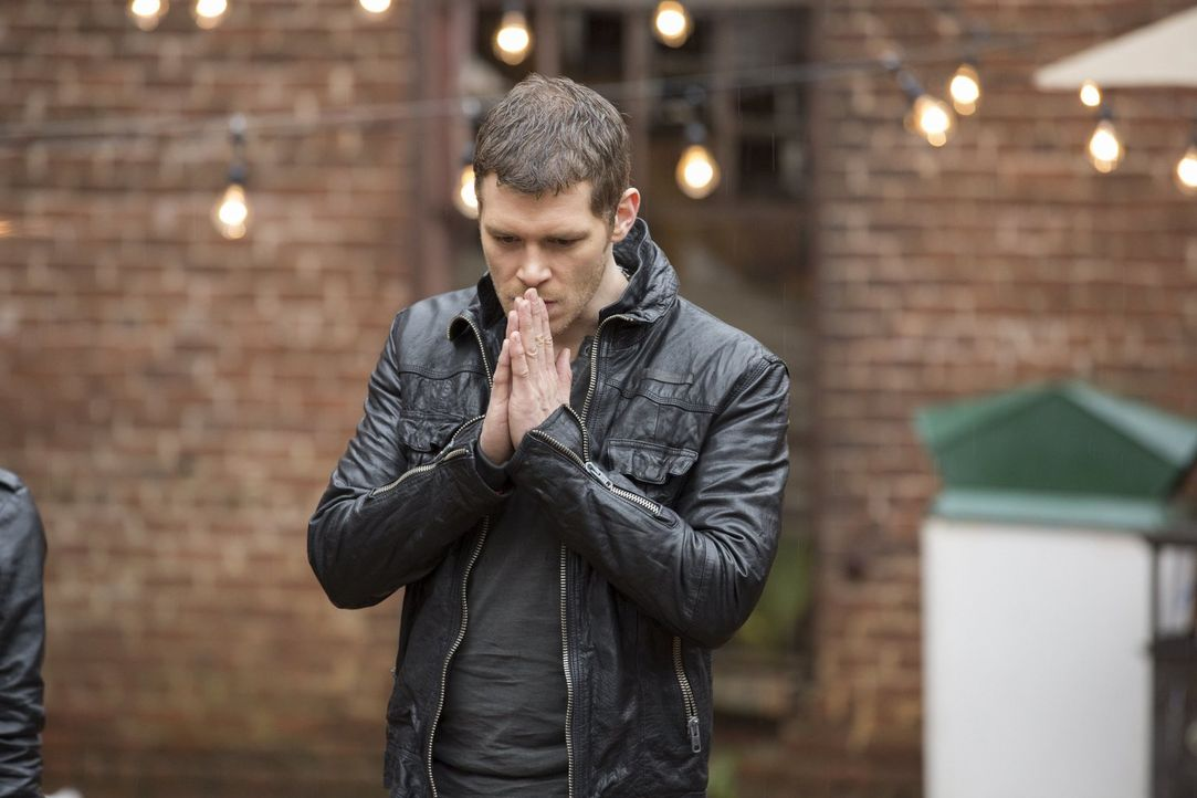 Schnell wird Klaus (Joseph Morgan) bewusst, dass er die neuen Probleme nicht so einfach lösen kann ... - Bildquelle: Warner Bros. Television