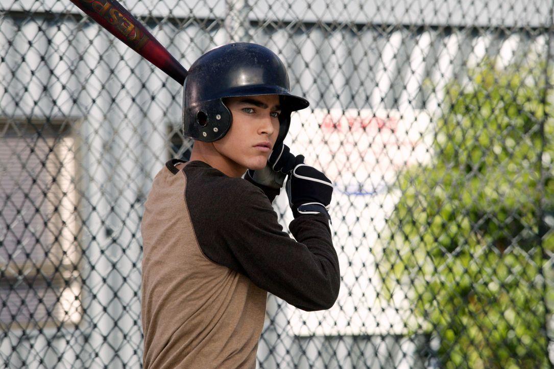 Martin (Tyler Hoechlin) will die Schule schmeißen und bei einem professionellen Baseballteam mitspielen ... - Bildquelle: Paul McCallum The WB Television Network