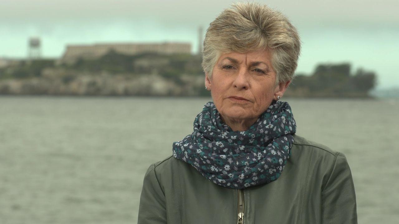 Jolene Babyak lebte als Kind eines Gefängniswärters auf Alcatraz. Doch wie lebte man auf der Gefängnis-Insel? - Bildquelle: Indigo Films/ DCL