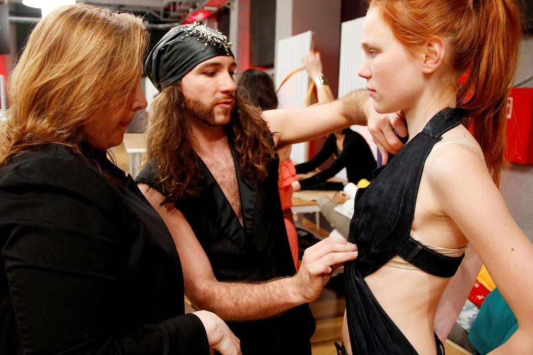 Fashion-Hero-Epi02-Fashionshowdown-12-ProSieben-Richard-Huebner - Bildquelle: ProSieben / Richard Huebner