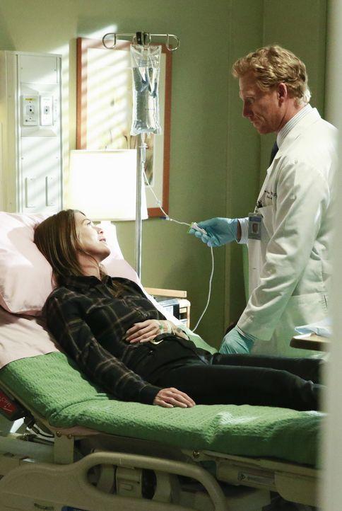 Nach alldem was geschehen ist, bricht Meredith (Ellen Pompeo, l.) zusammen. Owen (Kevin McKidd, r.) kümmert sich um sie, während er sich große Sorge... - Bildquelle: ABC Studios