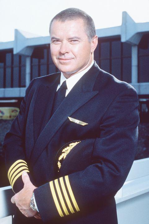 Mit 219 Menschen an Bord startet Captain Singer (Robert Urich) seine Maschine zu einem Routineflug. Doch dann geschieht das Unerwartete - Sie kollid...