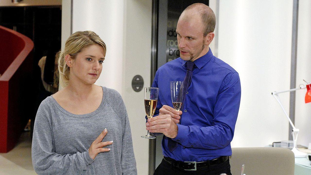 Anna-und-die-Liebe-Folge-34-01-sat1-oliver-ziebe - Bildquelle: SAT.1/Oliver Ziebe