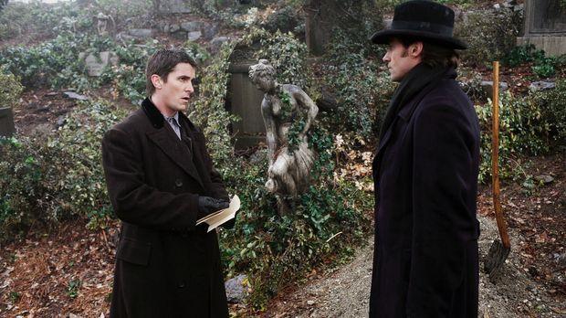 Ende des 19. Jahrhunderts treffen die beiden aufstrebenden Magier Robert Angi...