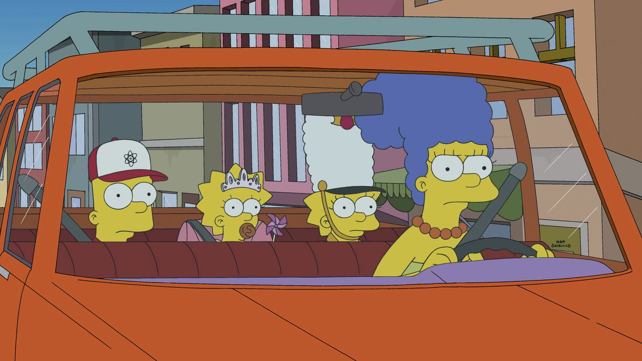 Da Marge (r.) ihre Kinder Bart (l.), Maggie (M.) und Lisa (2.v.r.) superschnell herumkutschieren muss, kommt sie auf eine lukrative Idee ... - Bildquelle: 2014 Twentieth Century Fox Film Corporation. All rights reserved.