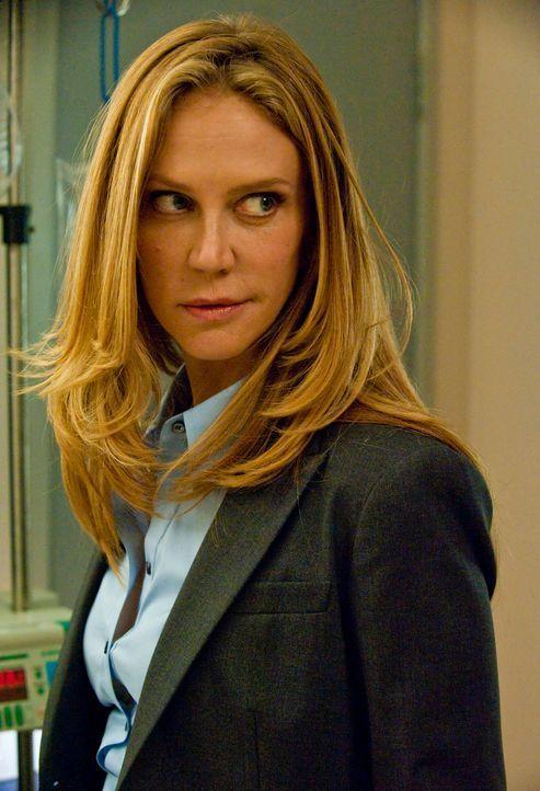 Wird sie ihr Versprechen, Gemma vor der Todesstrafe zu bewahren, einhalten? Agent June Stahl (Ally Walker) - Bildquelle: 2010 FX Networks, LLC. All rights reserved.
