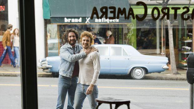 Anfang der 70er Jahre beschließen Harvey Milk (Sean Penn, l.) und sein Freund...