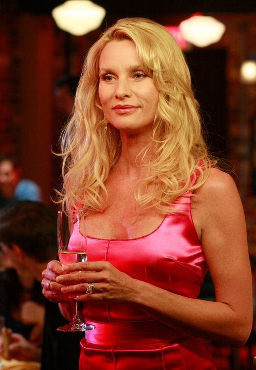 Nach ihrer Rückkehr in die Wisteria Lane veranstalten die Freundinnen für Edie (Nicolette Sheridan) eine Vergebungsparty ... - Bildquelle: ABC Studios