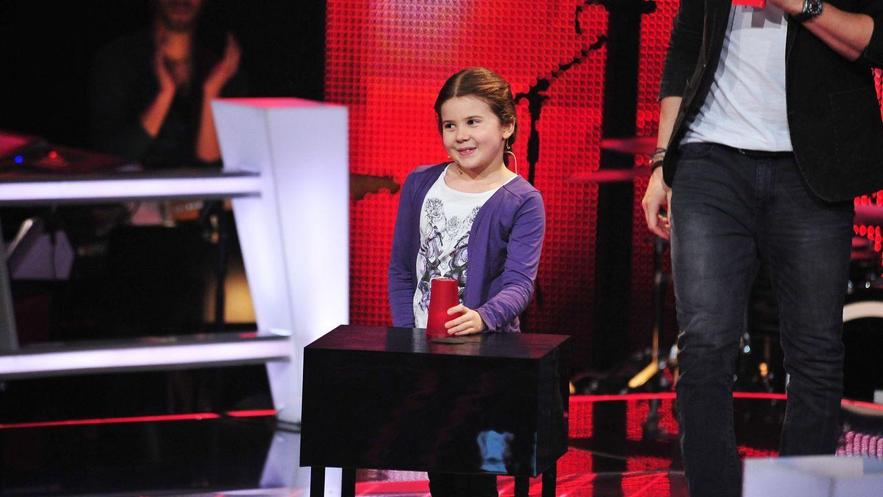 The-Voice-Kids-Stf02-Epi05-Larissa-9-SAT1-Andre-Kowalski - Bildquelle: SAT.1/Andre Kowalski