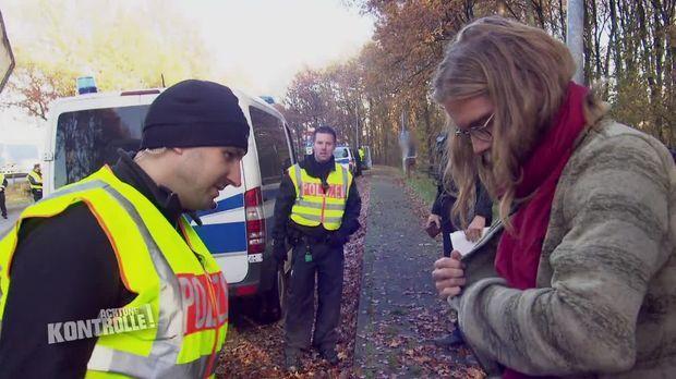 Achtung Kontrolle - Achtung Kontrolle! - Thema U.a.: Drogen An Bord? - Großkontrolle Holländische Grenze