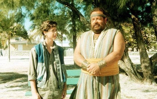 Aladin - Um sein Taschengeld ein wenig aufzubessern, jobbt der junge Aladin (...