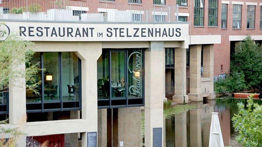 Bild_Folge-4_Leipzig_Stelzenhaus_aussen2