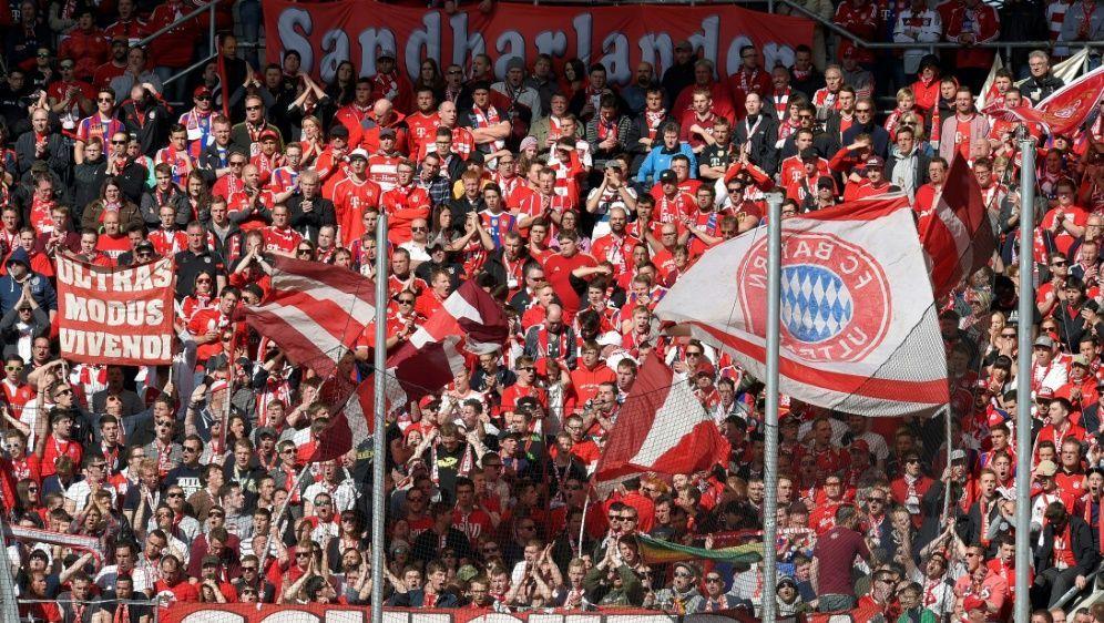 "Drogen im Gepäck der Bayern-Fangruppe ""Schickeria"" - Bildquelle: PIXATHLONPIXATHLONSID"