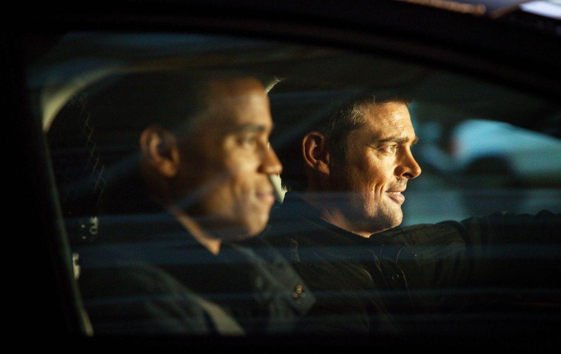 Ohne dass John (Karl Urban, r.) es sich eingestehen will, versteht er sich mit seinem androiden Partner Dorian (Michael Ealy, l.) immer besser ... - Bildquelle: Warner Bros. Television