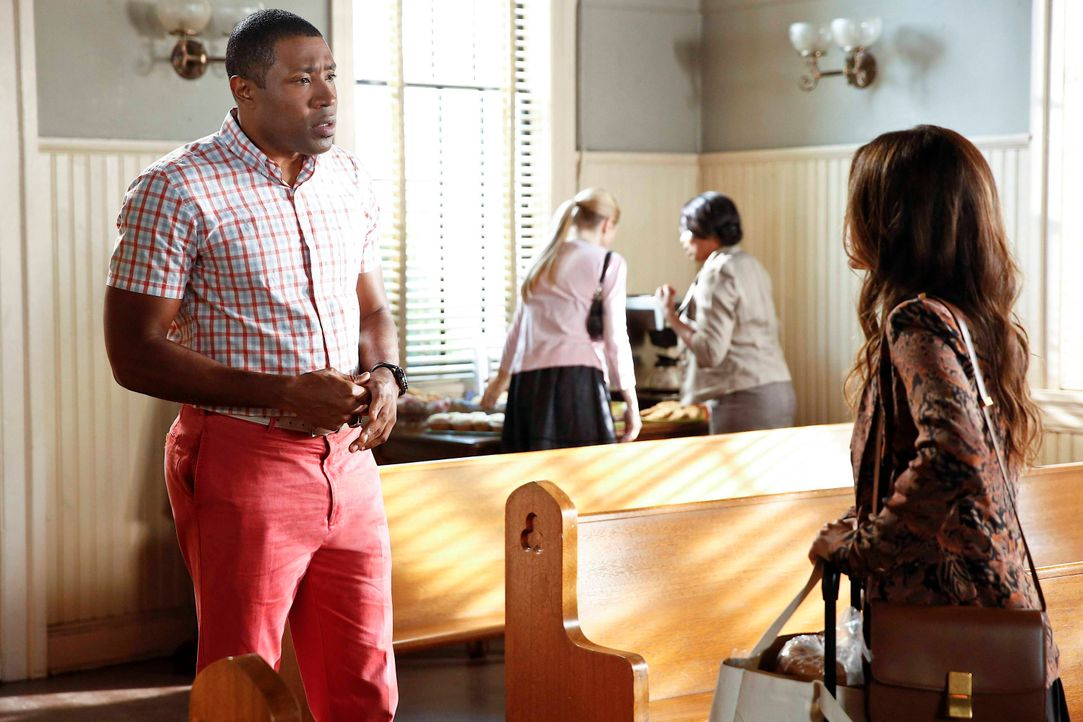 Staffel 3: Lavon scheint verwirrt - Bildquelle: © Warner Bros. Entertainment Inc.