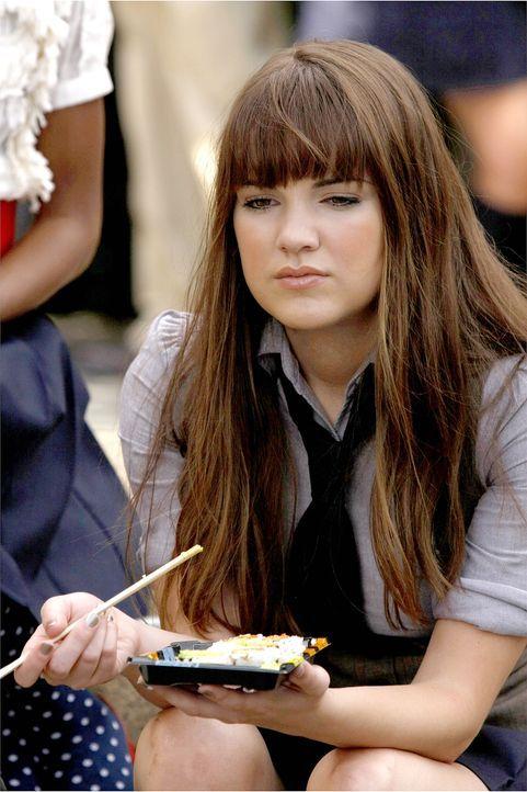 Amanda (Laura-Leigh) ist die Neue der Schule und wird prompt zum Objekt von Dans Begierde ... - Bildquelle: Warner Brothers