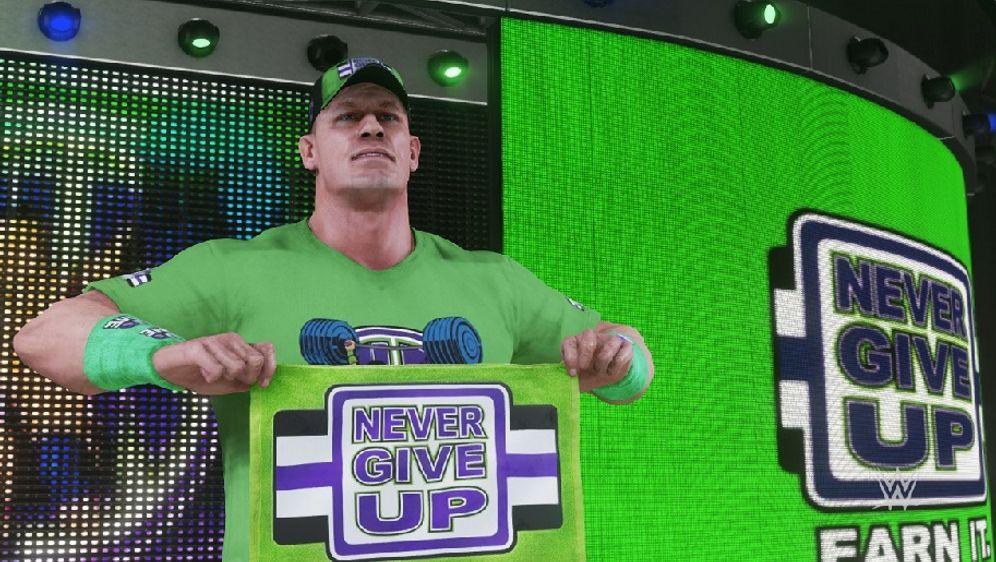 John Cena beim Einlauf - Bildquelle: 2k Games