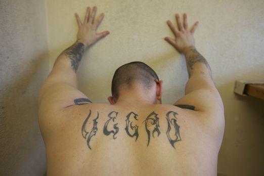 Mit Sportübungen halten sich Häftlinge wie Chris Lefarda nicht nur fit, sonde...