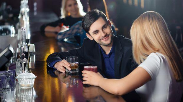 Frauen erfolgreich flirten