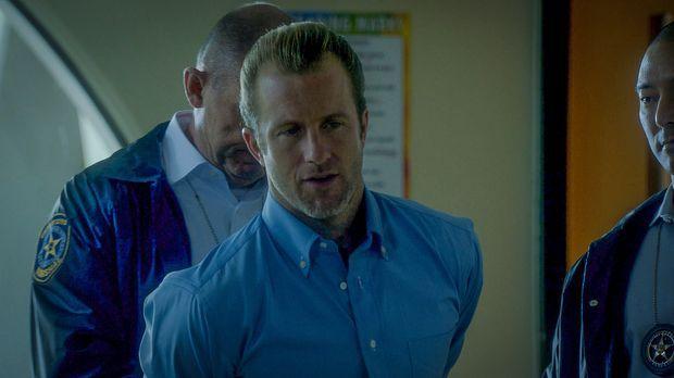 Das Team scheint auseinanderzubrechen, als Chi und Danny (Scott Caan) verhaft...