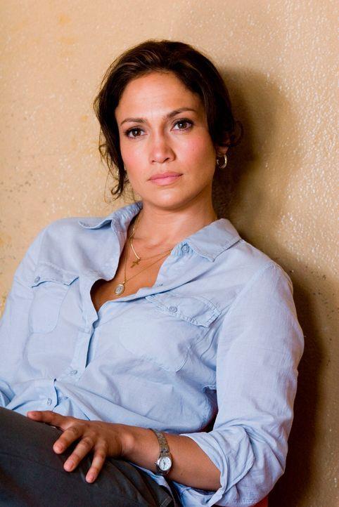 Die ehrgeizige Reporterin Lauren Adrian (Jennifer Lopez) wird von ihrem Chefredakteur nach Mexiko geschickt. Als eine 16-jährige Arbeiterin nach ei... - Bildquelle: Falcom Media Group AG