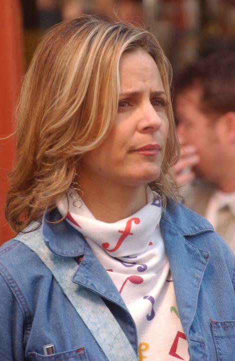 Eines Tages vermittelt Chief Feinberg Tommy ein Date mit seiner Tochter Beth (Amy Sedaris), die sich allerdings als ziemlich neurotisch herausstellt... - Bildquelle: 2007 Sony Pictures Television Inc. All Rights Reserved