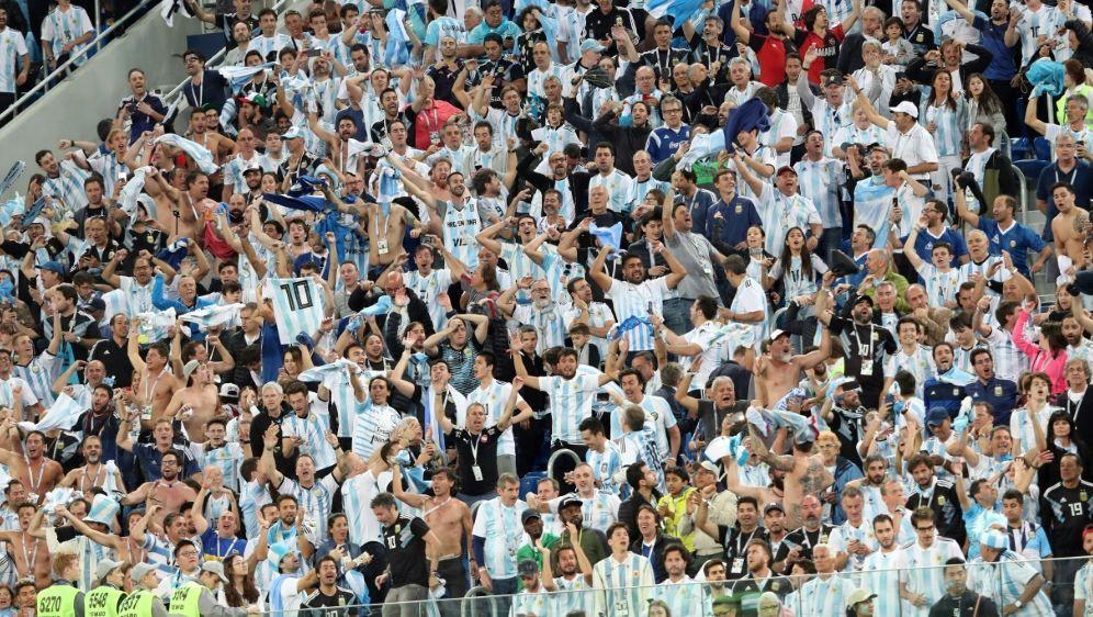 Drei argentinische Fans bekommen ein Stadionverbot - Bildquelle: pixathlonpixathlonSID