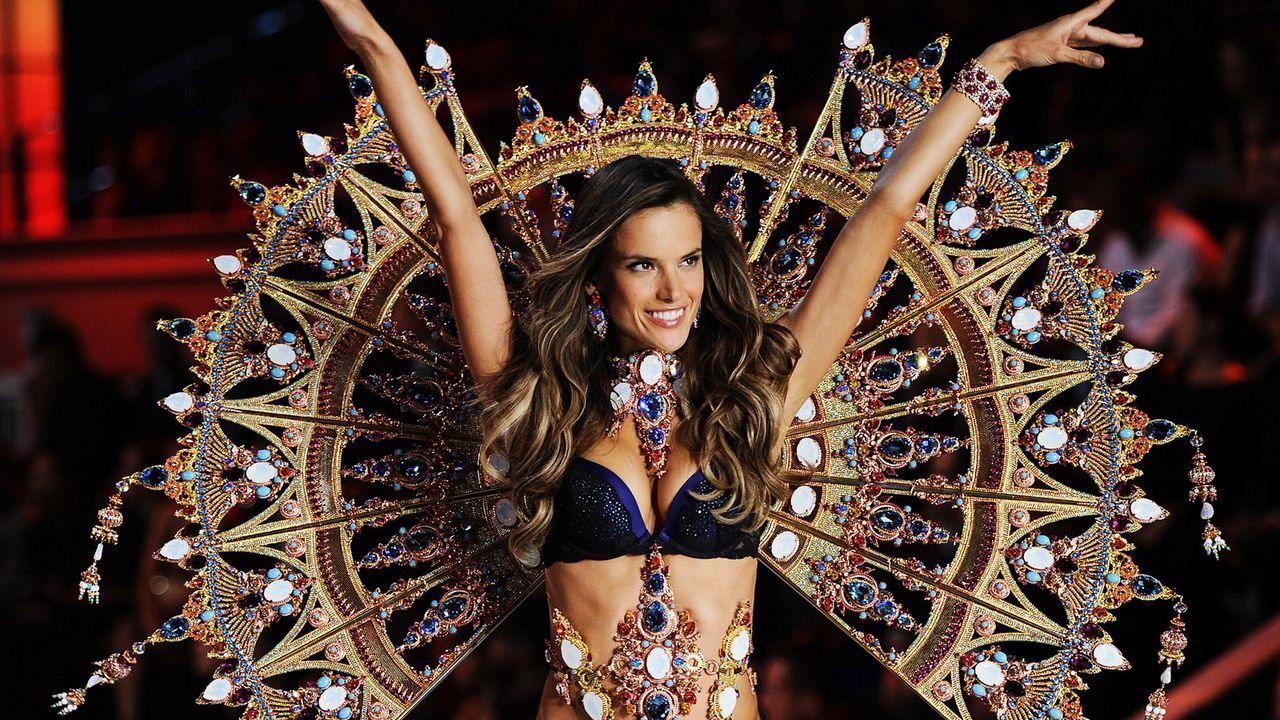 Alessandra-Ambrosio-victorias-secret-111109-AFP - Bildquelle: AFP