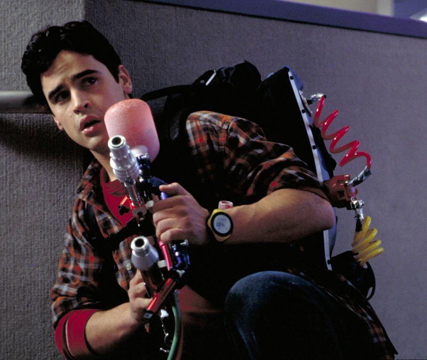 Der Teenager Zak (Jesse Bradford) aktiviert versehentlich eine Maschine, die die Zeit stehen bleiben lässt, und handelt sich damit neben ziemlich v... - Bildquelle: TM &   2001-2006 BY PARAMOUNT. ALL RIGHTS RESERVED