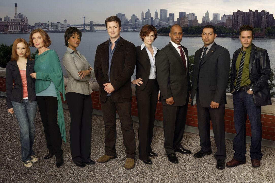 (1. Staffel) - Das Leben von (v.l.n.r.) Alexis (Molly C. Quinn), Martha (Susan Sullivan), Lanie (Tamala Jones), Richard (Nathan Fillion), Kate (Stan... - Bildquelle: ABC Studios