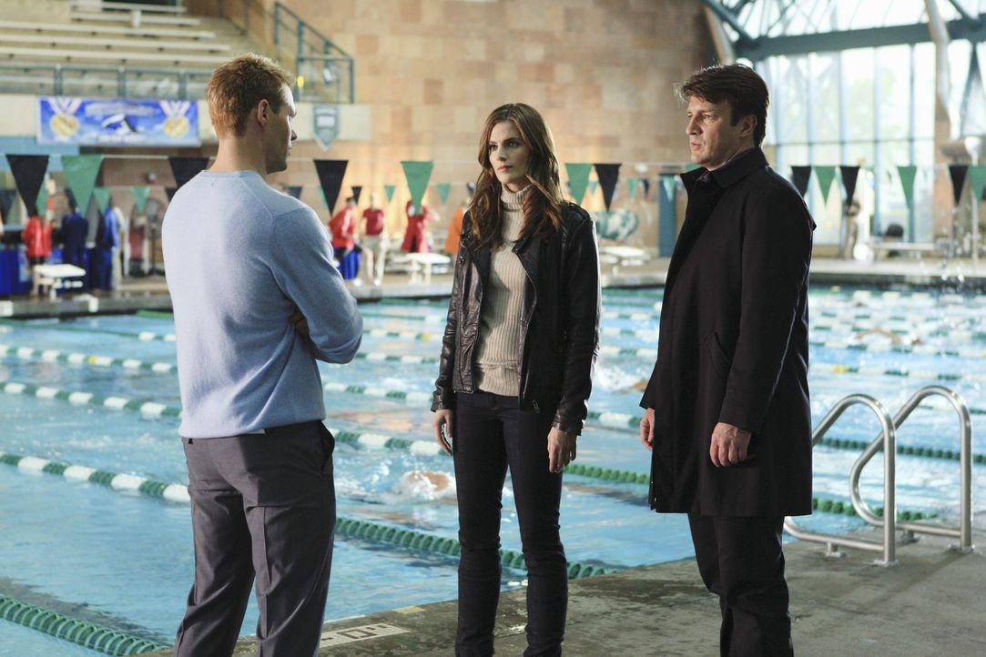 Auch Rob Tredwyck (Justin Bruening, l.) muss sich den Fragen von Castle (Nathan Fillion, r.) und Beckett (Stana Katic, M.) stellen ... - Bildquelle: ABC Studios