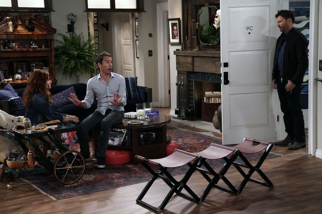 Während Grace (Debra Messing, l.) vor ihrem Ex-Mann Leo (Harry Connick Jr., r.) noch so getan hat, als würde sie die Möglichkeit, Brustkrebs zu habe... - Bildquelle: Chris Haston 2017 NBCUniversal Media, LLC
