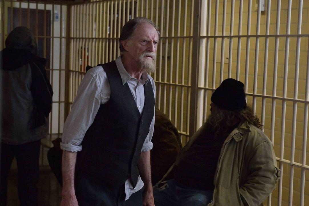 Im Gefängnis wird Abraham (David Bradley) bewusst, wie geschickt die Behörden und einige einflussreiche Männer versuchen, die Wahrheit zu vertuschen... - Bildquelle: 2014 Fox and its related entities. All rights reserved.