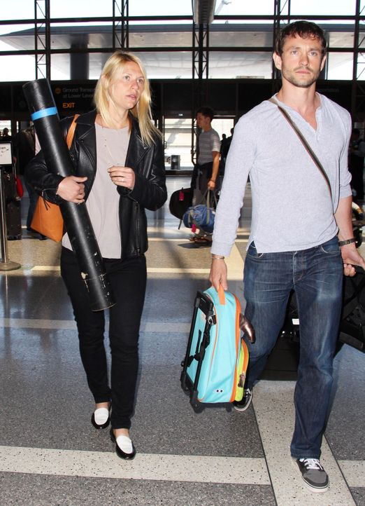 Claire-Danes-Hugh-Dancy-15-05-22-MONEYSHOT-WENN-com - Bildquelle: MONEY$HOT/WENN.com