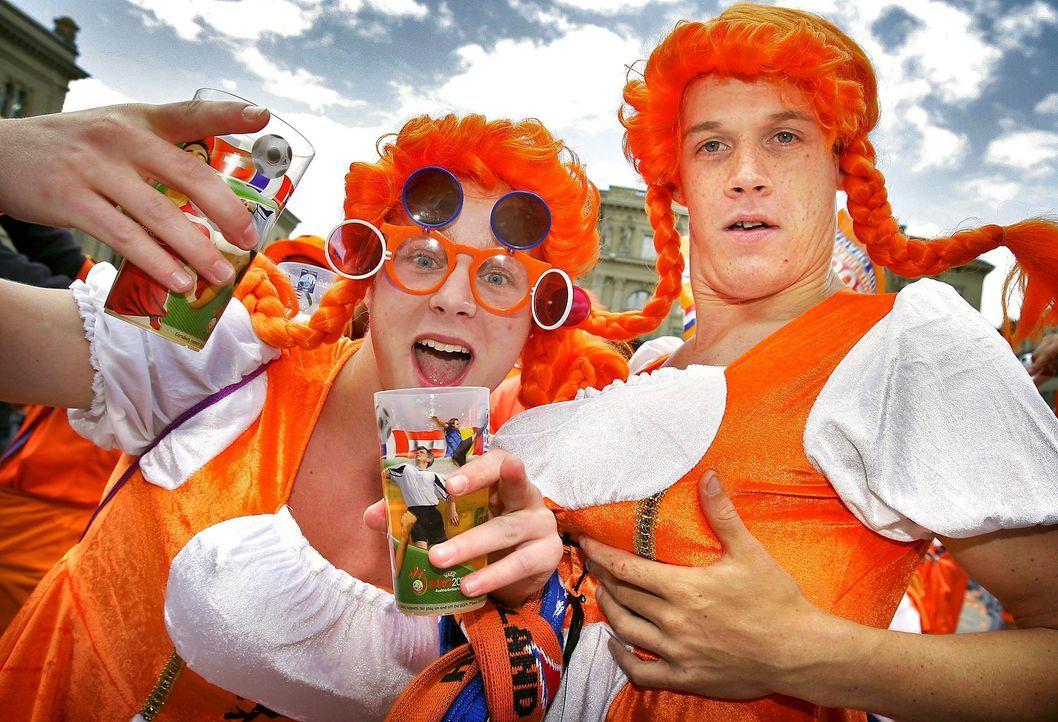 Die Fans der Oranjes - 6 - Bildquelle: dpa