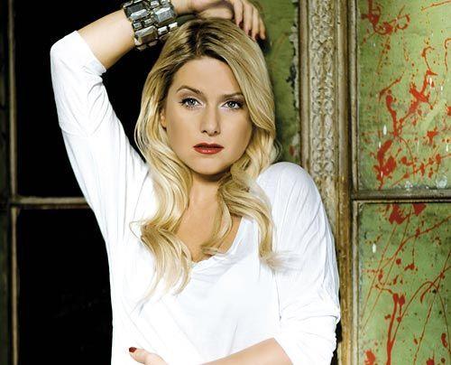 Bildergalerie Jeanette Biedermann | Frühstücksfernsehen | Ratgeber & Magazine - Bildquelle: Universal Music 2009
