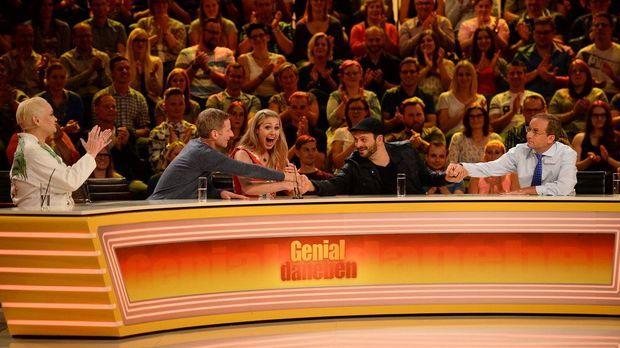 Genial Daneben - Die Comedy Arena - Genial Daneben - Die Comedy Arena - Liegt Kaya Yanar Mit Seiner Antwort Total Daneben?
