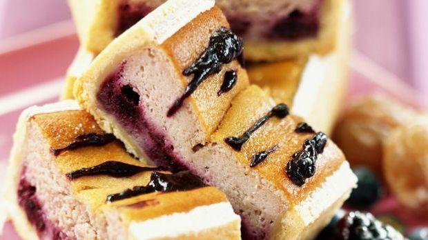 Enie backt: Rezept-Bild Waldbeeren-Kuchen